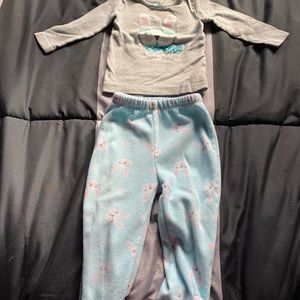 6/$25 Baby girls 2 piece bunny 🐰 pyjamas.